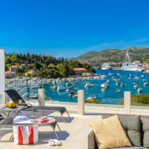 One bedroom apartment with hot tub , terrace and sea view (3)