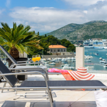 One bedroom apartment with hot tub, terrace and sea view (15)