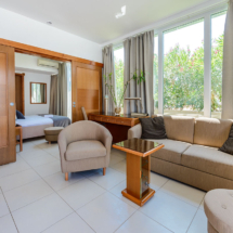 One bedroom apartment with hot tub, terrace and sea view (18)