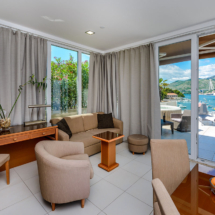 One bedroom apartment with hot tub, terrace and sea view (25)